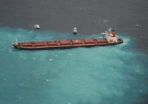 AUSTRALIA GREAT BARRIER REEF OIL SPILL