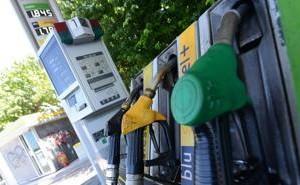 IMU, più tasse su banche e benzina per la copertura della seconda rata – LaStampa.it