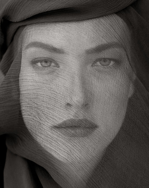 Tatjana Veiled Head (Tight View), Joshua Tree