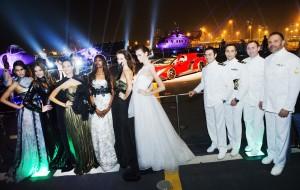 Giada Curti è stata invitata con i suoi abiti all'anteprima mondiale della Lamborghini Veneno Roadster.