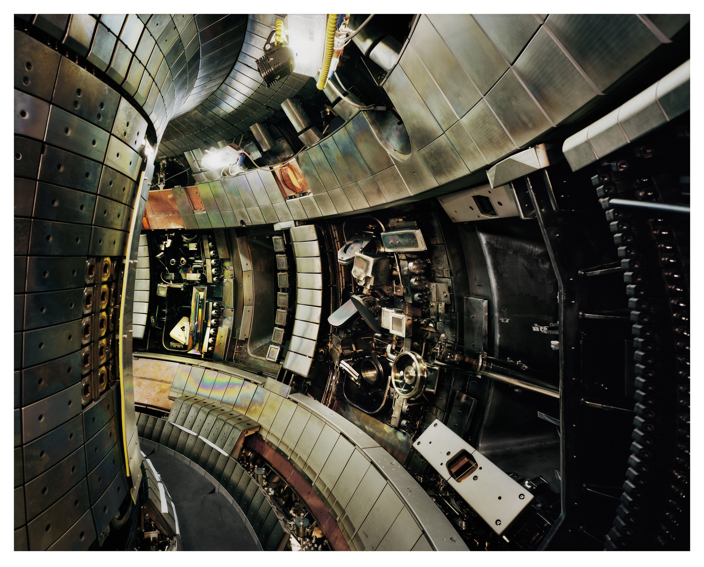 12. Thomas Struth In#5DCE1A
