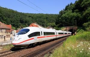 Deutsche Bahn (DB) e l'offerta dell'estate: viaggiare in treno in tutta la Germania a soli 19 Euro.