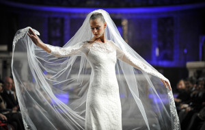 """Sartorialità e Creatività a """"Roma Fashion White 2015"""" dove l'Alta Moda Sposa sfila in Chiesa"""