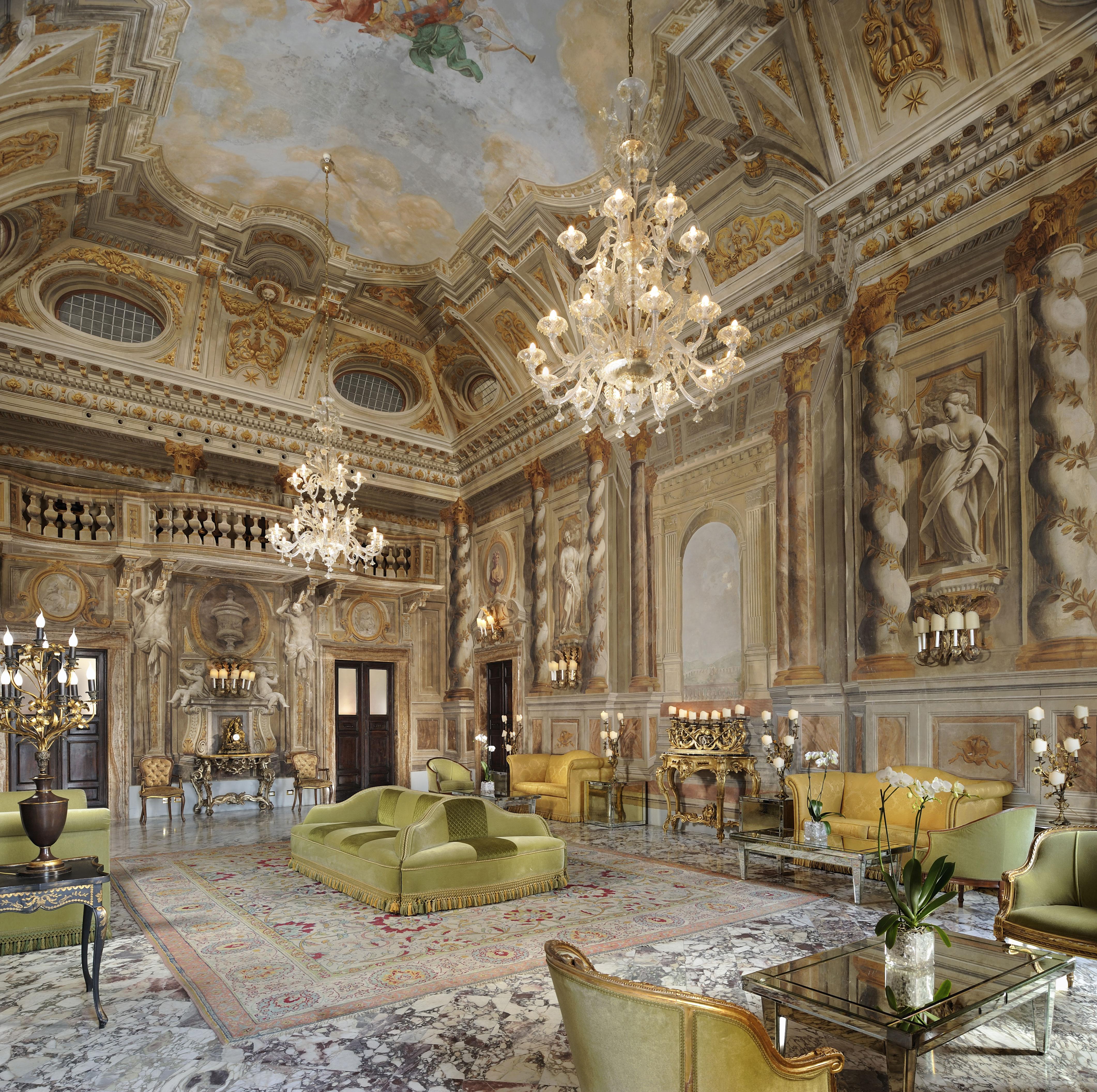 Ballroom---Salone-delle-Fes