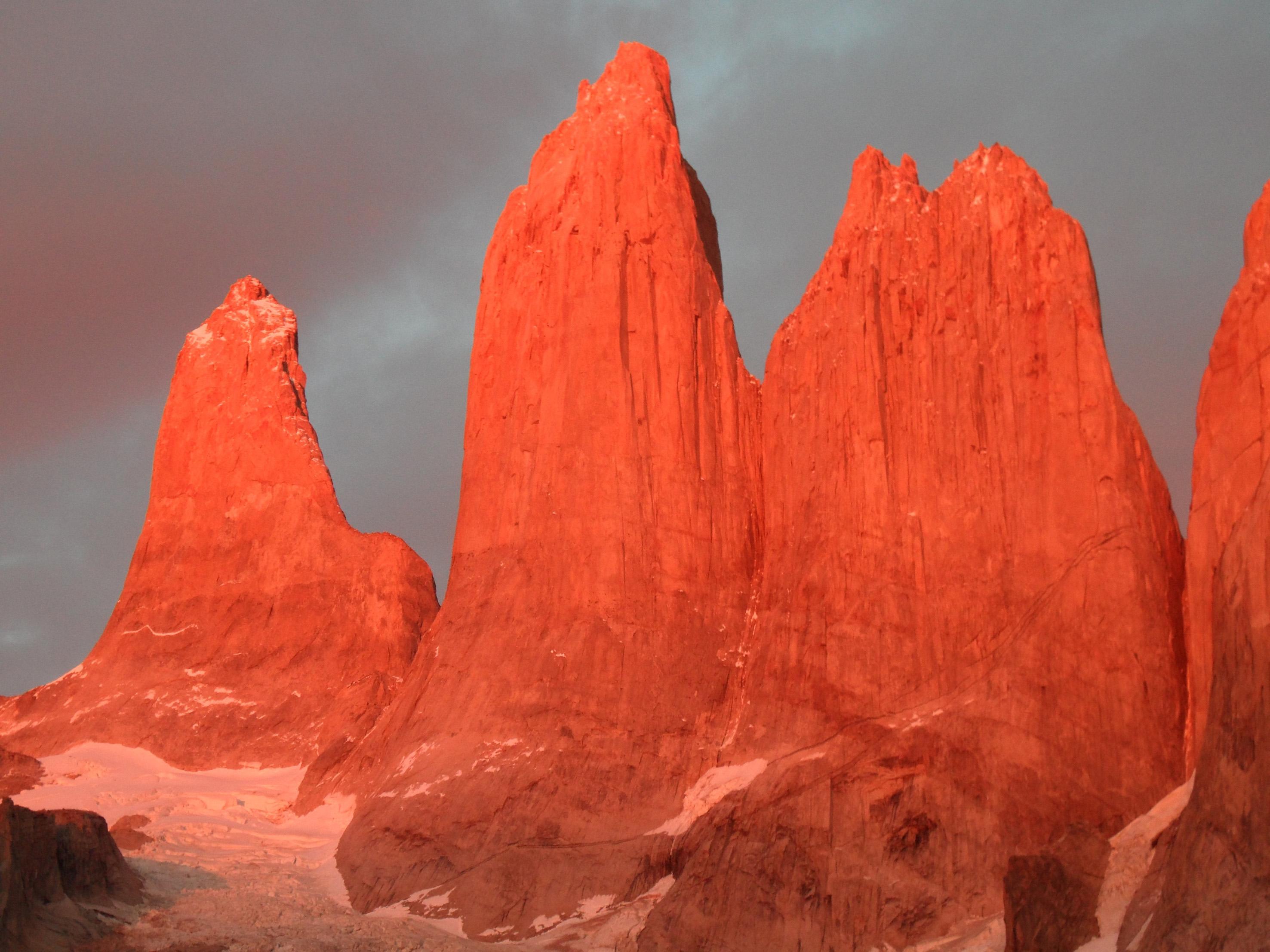 Tuttaltromondo.com - torres-del-paine tramonto