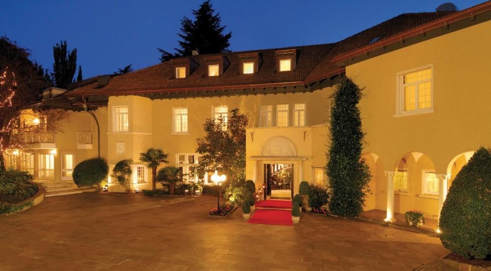 Villa Eden Leading Park Retreat - Esterno Notturno