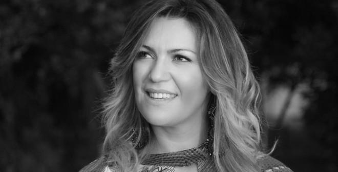 """L'Alta Moda di Aline Oliveira nello """"Spazio Margutta"""""""